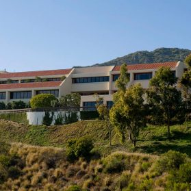 Pepperdine University. Study in USA, California. EducationBro.com